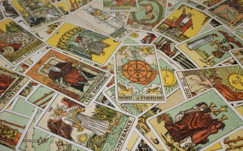 Kartendeckt Tarot